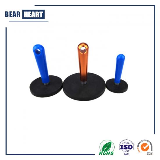 Rubber coated round magnet with handle